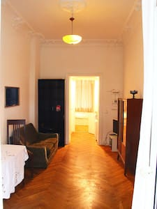 süße kleine Ferienwohnung in Mitte/Tiergarten