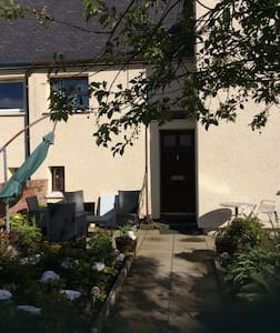 Nevis Rooms.  Twin Room. - Fort William