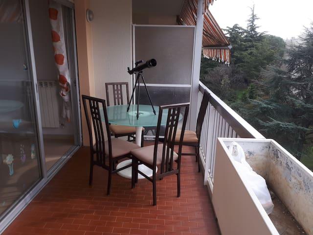 Appartement avec terrasse vue panoramique mer