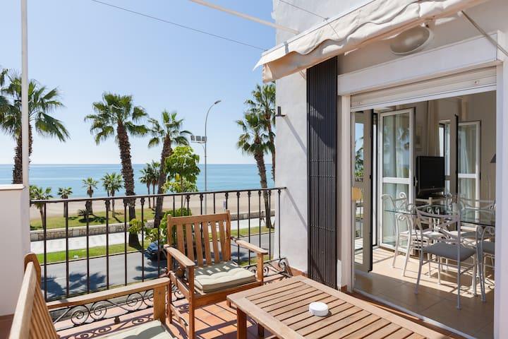 Apartamento con encanto en primera línea de playa