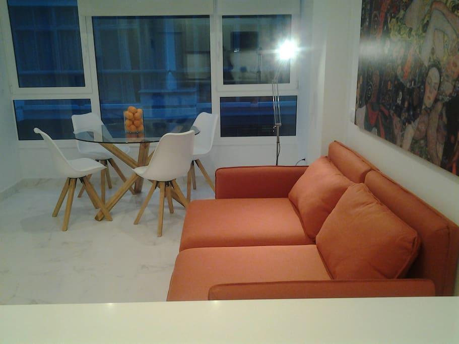 Zona salón-estar comedor