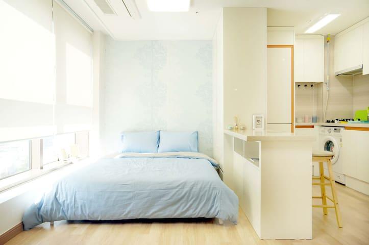광안역1min* Uni's lovely house @2 - Suyeong-gu - Apartemen