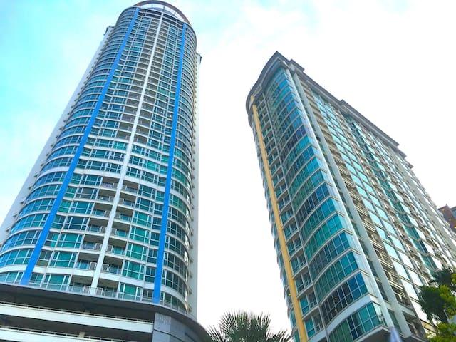 NEW! Sky Walk Condo@1BR/SkyBar&Pool/BTS PhraKanong - Phra Khanong  - Condominium