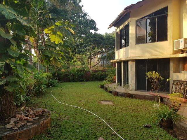 Manjos Mi Casa... Private Villa near Kashid Beach