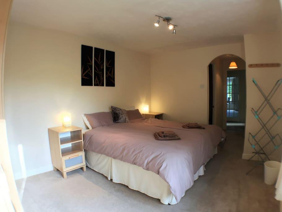 Bedroom 1 - Beds Together