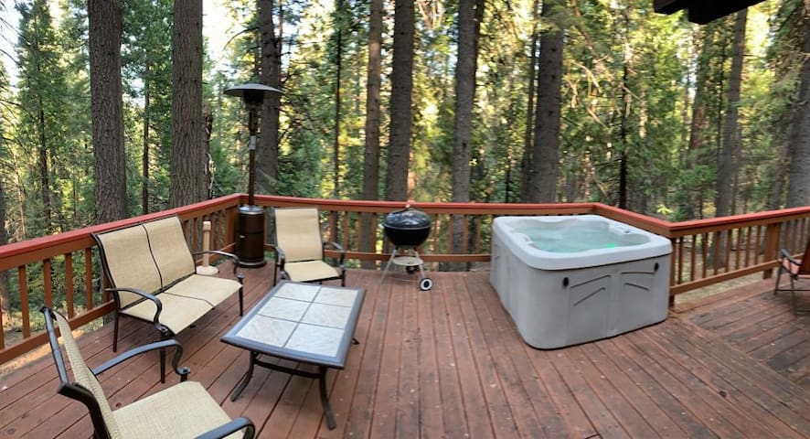 Arnold Area Cabin for large families with hot tub!