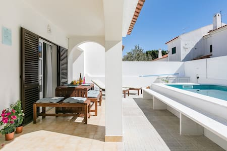 Quintessential Algarve Home with Pool in Manta Rota
