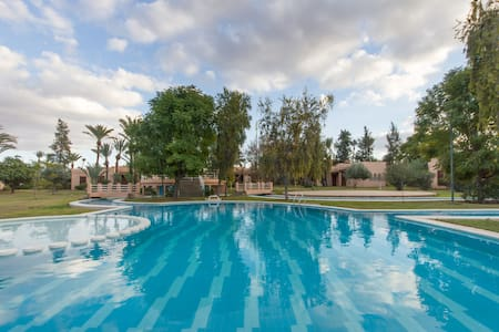 Cosy Villa with Pool, Palms Grove - มาร์ราเกช - วิลล่า