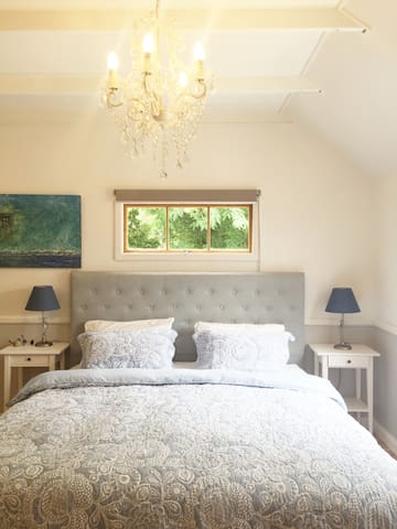 REED HOUSE at Maleny - Blue Boudoir