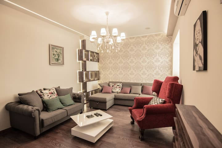 PROMO 2 bedrooms 80m2 in downtown Fiko's place