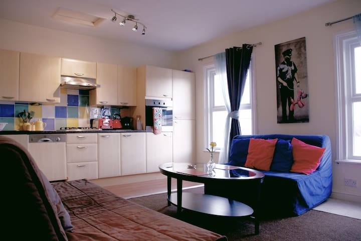 Cosy Apartment in the heart of Stokes Croft
