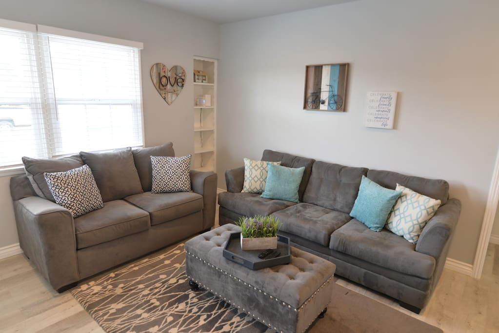 Chit chat and relax the night away in the spacious living room