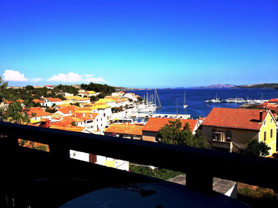 Big balcony and view on Sali and sea!