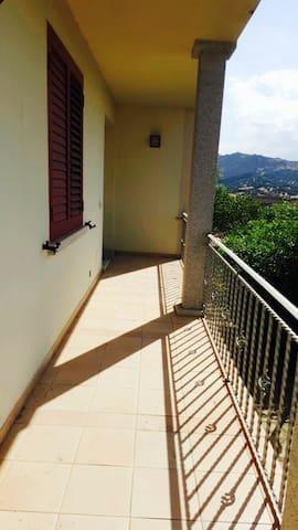Casa Indipendente vicino al mare - Sardegna - Loiri - Квартира