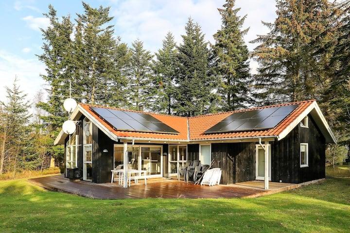 Alluring Holiday Home in Hals Jutland with Sauna