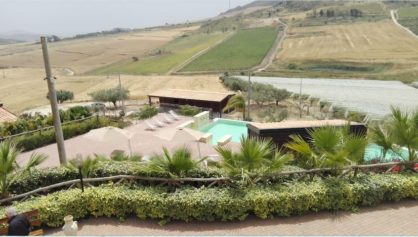 Agriturismo Portella di Naro - Licata - Huvila