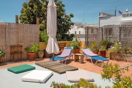 CityCenter-Rooftop Garden/Priv.Bathroom/AC/Netflix