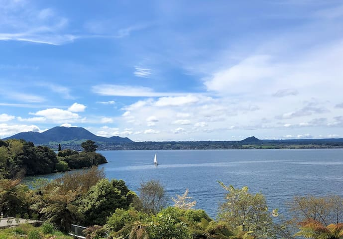 This stunning home captures the beautiful views of Lake Taupo and Mount Tauhara