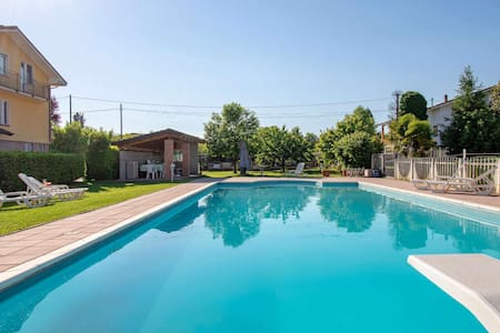 Garden Apartments -Relax-Travel and Sport !