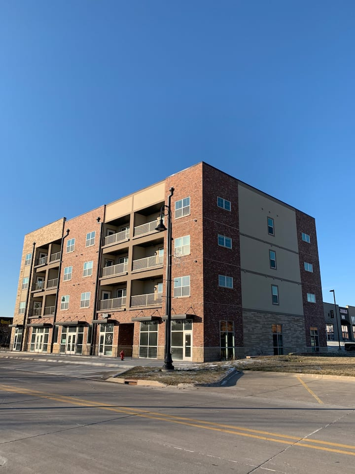 Contemporary 1 BR  lofts Altoona close to Downtown