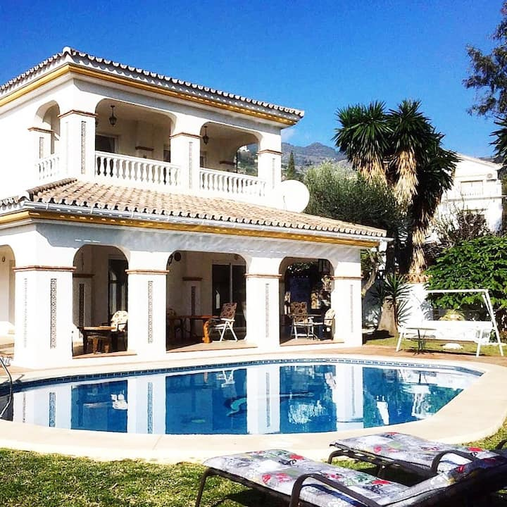 Villa w/private pool, perfect for family holidays