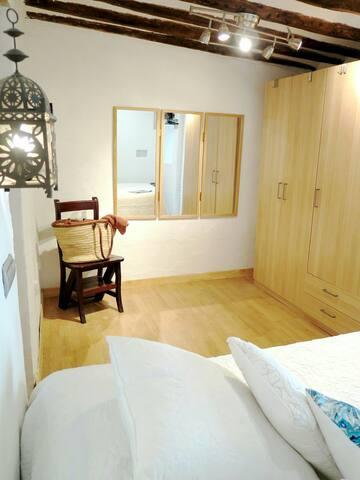 Habitación 1 cama doble.