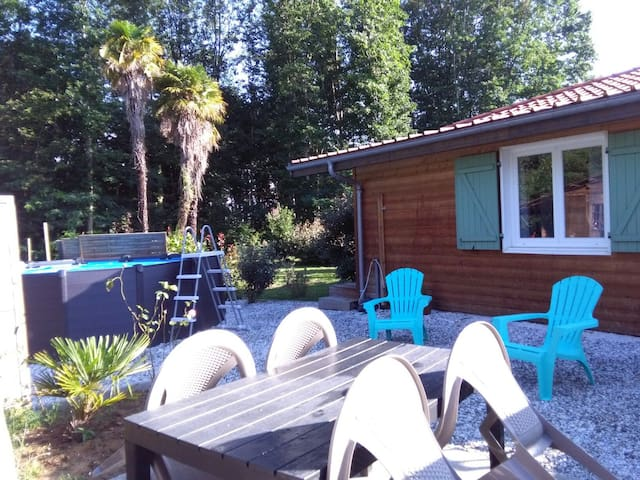 DAX ADORABLE  CHALET T2  jardin terrasse Parking .