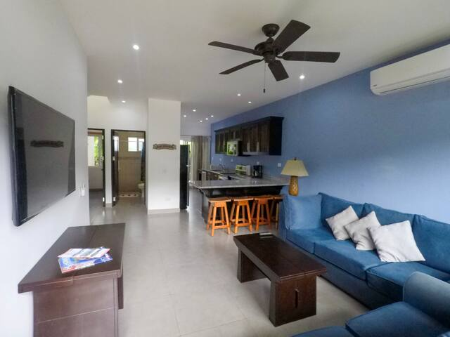 3 Bed 3 Bath Private Condo 5 min from Tamarindo