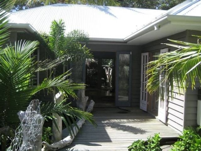 Island Retreat - Moreton Island - Huis