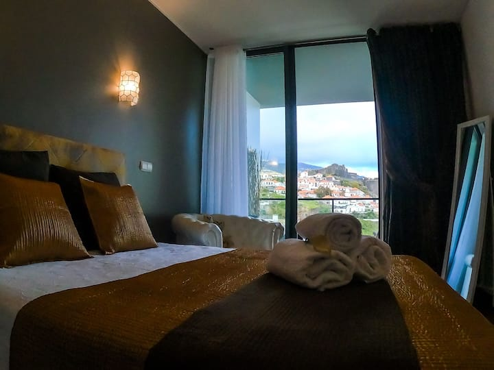 Comfortable apartment with a view of the castle