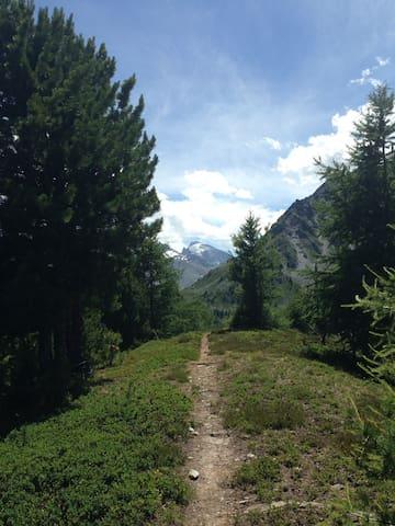 Wanderparadies / paradis de randonnées / hiking paradise