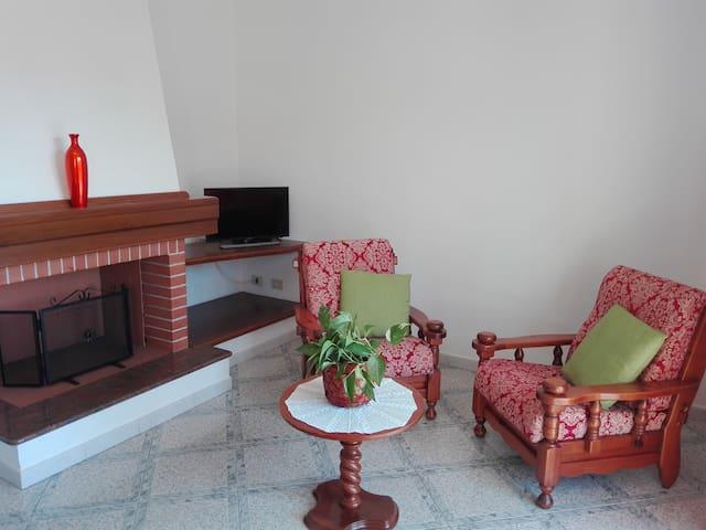 Comodo appartamento da 2 a 6 posti letto - Cardedu - Apartamento