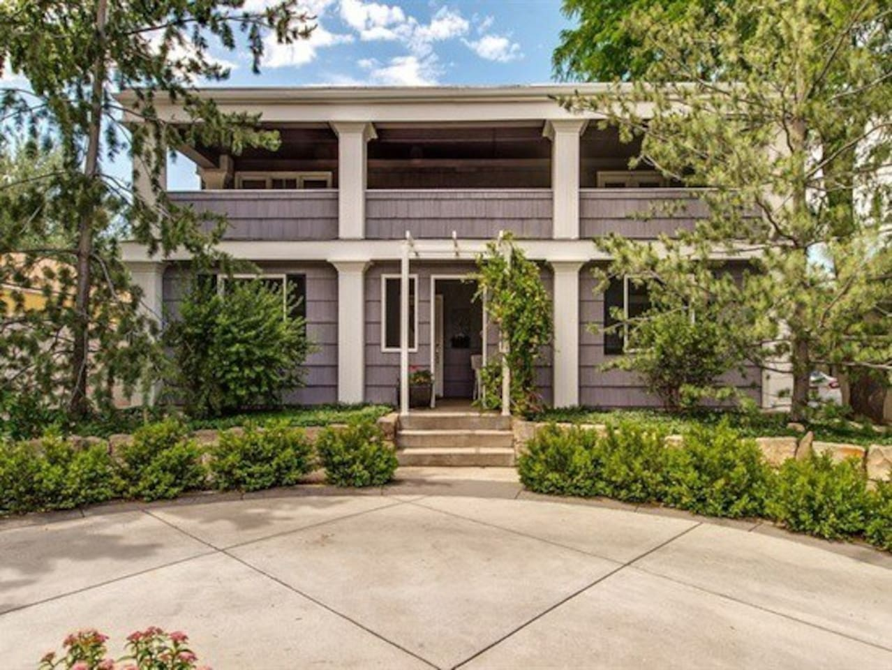 Classic Home on the Historic Boise Bench - 5 minutes to downtown, parks, river greenbelt, and more!