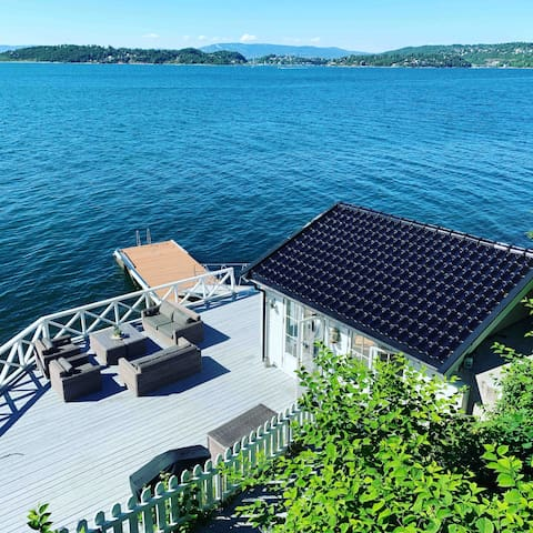 Unique waterfront cottage in Oslo!