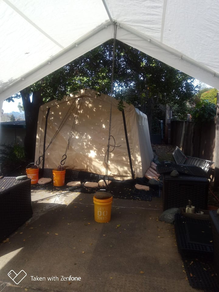 Hill Side Tiny Tent House, 28 Day Minimum