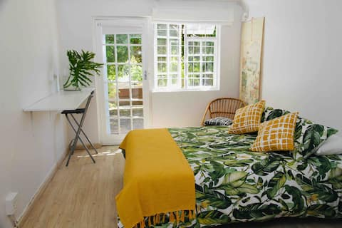 Separate Mountainside Studio Apartment & Patio