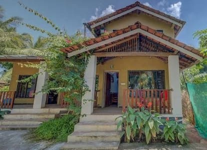 tejaswee Cottage with big swimming pool