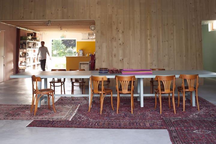 Wongema atelier met bedsteden