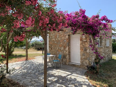 🌺 Romantic Stone House Buganvilia 🌺