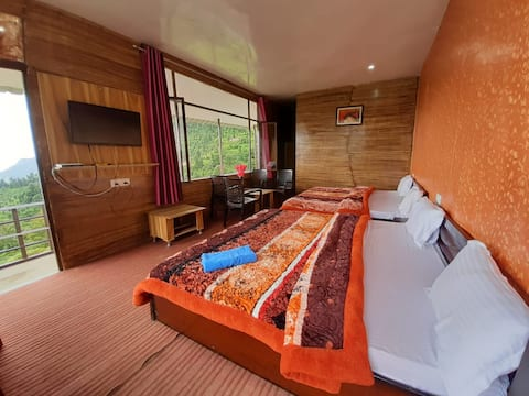 Deluxe Room With Breakfast @ Life Resorts