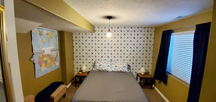 Private room & bath with Queen memory foam