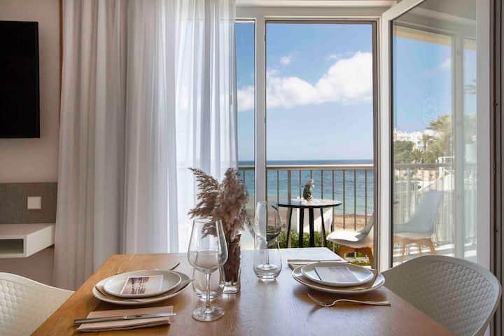 Espectacular apartamento primera linea de playa