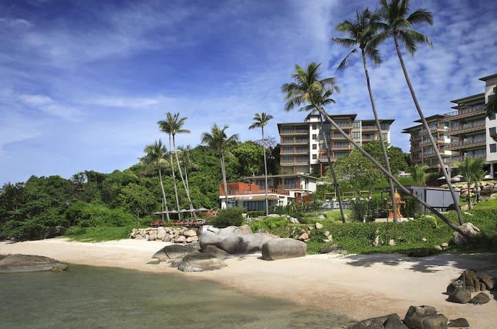 Luxury sea view apartment at ShaSa beach resort