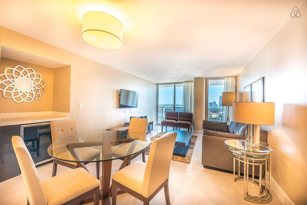"""The Grand 4153 