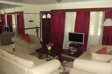 Quiet, Relaxing, Easily Accessible - Castries City - Wohnung