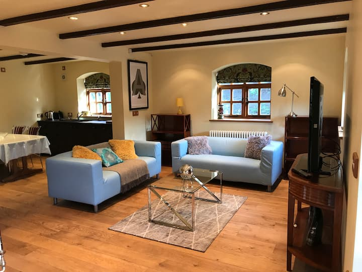 Ideal luxury cottage for lockdown near Henley