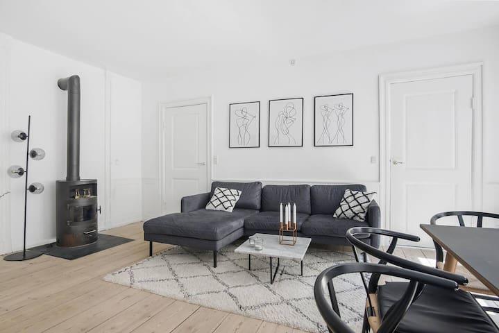 Prime Location | 2 Bed Rooms | Scandinavian Design | Spacious 105 sqm