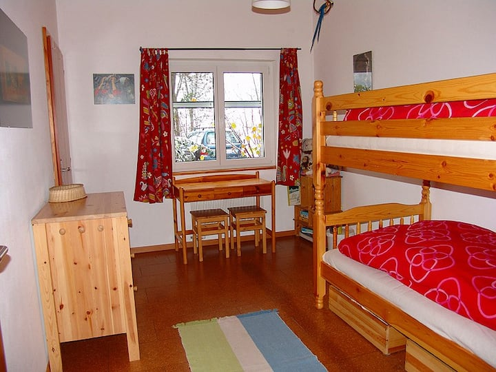 Ferienzimmer 4 im Gästehaus auf dem BioHof Schmeli