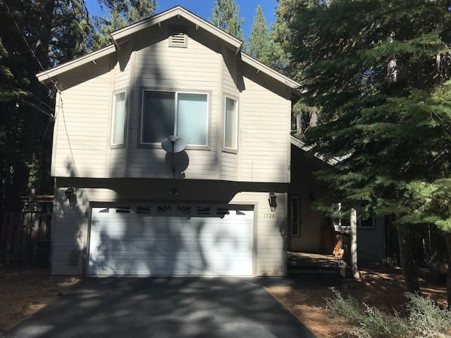 Cozy Tahoe House