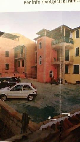 grazioso appartamento  a circa 700m dal mare - Valledoria - Apartemen